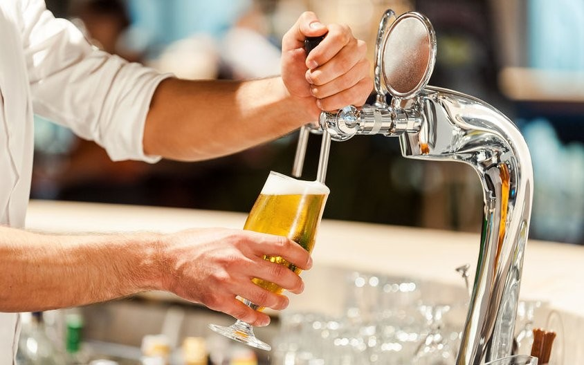 staff banned from drinking at lunch time