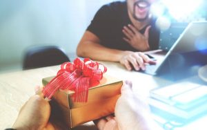 Gifts for Christmas = HR minefield?